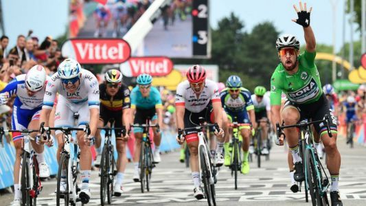 Tour de France 2018: Peter Sagan completes hat trick after bunch sprint