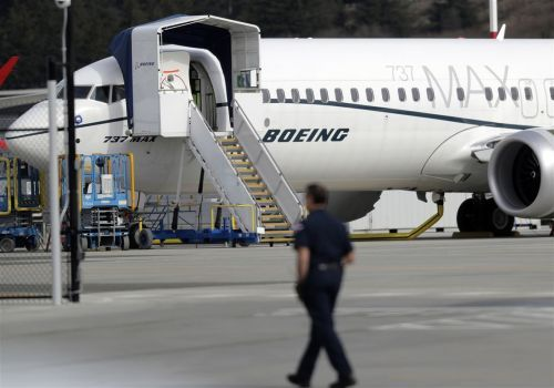 Trump nominates former airline executive to lead the FAA