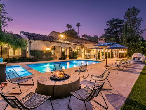 The 7-bedroom mansion made famous by HBO's 'Entourage' is selling for $5.5 million - here's a look inside the Tuscan-style estate
