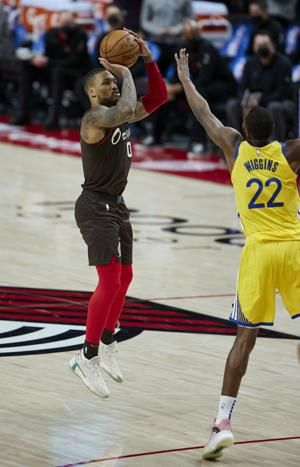 Lillard's late 3 gives Blazers 108-106 win over Warriors