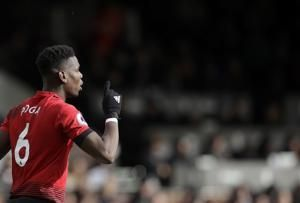 Man United beats Fulham to move into Premier League's top 4