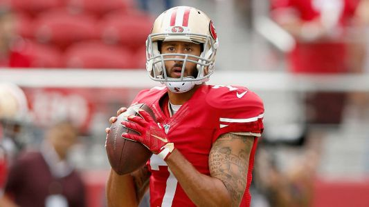 Shunned Colin Kaepernick still working out, wants to play, report says