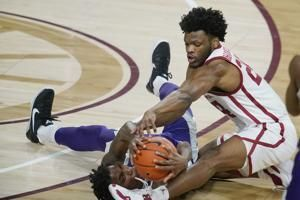 Harmon, Harkless lead Oklahoma to 76-50 win over K-State