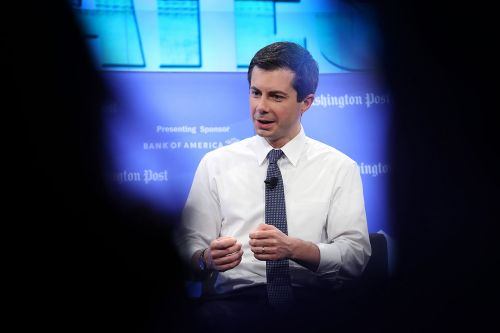 Buttigieg likens Trump to a 'crazy uncle'