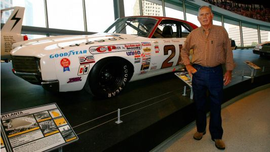 NASCAR Hall of Famer David Pearson dies at 83