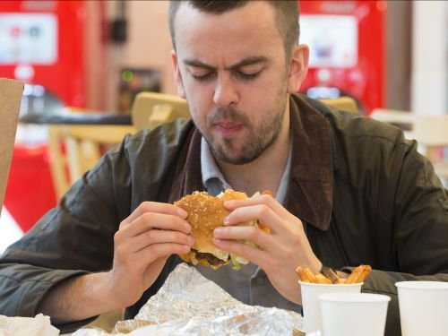 9 foods that nutritionists will never order at fast food restaurants