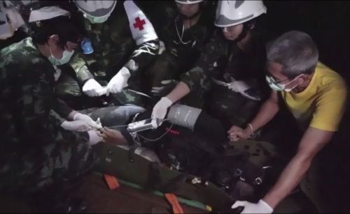 Rescue Caught on Camera: Thai Navy Seals give inside look at cave rescue mission
