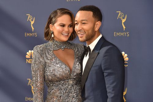 Chrissy Teigen Blessed Us With A New Awards Show Meme And It's Beyond Priceless