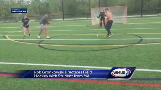 Rob Gronkowski practices field hockey with Mass. college student