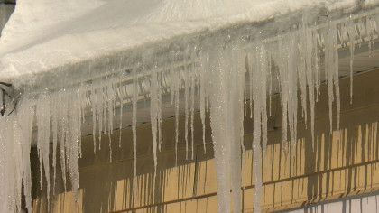 Ice Dams Cause Huge Backup For Companies That Clean Roofs