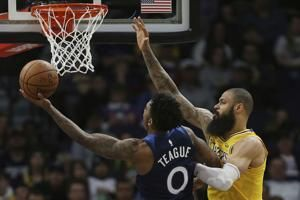 Wiggins, Towns help Timberwolves rout LeBron-less Lakers