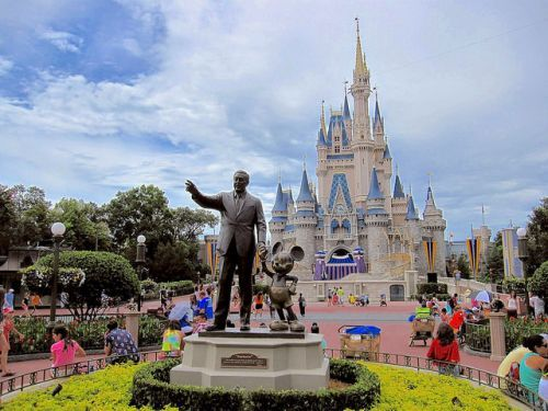 Arrest made after 2-year-old found in parked car near Disney's Grand Floridian Resort & Spa, officials say