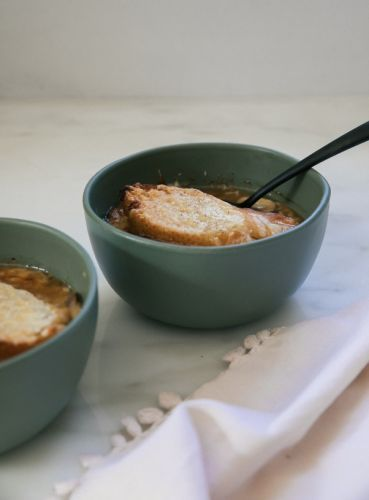 Warm Up with Vegetarian French Onion Mushroom Soup