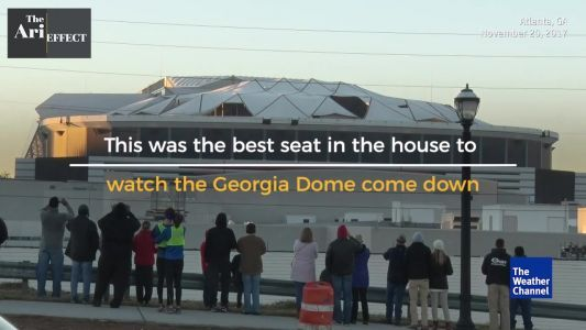 Bus perfectly ruins view of Georgia Dome implosion​