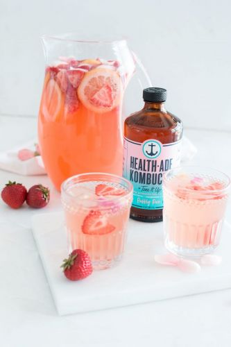 Bubbly Rosé Berry Sangria