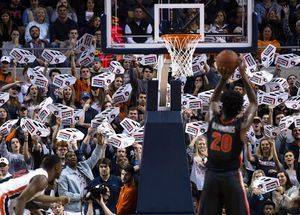 Brown scores 28, No. 17 Auburn rallies to beat Georgia