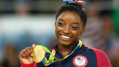 Simone Biles volunteers at Houston shelter for Hurricane Harvey relief