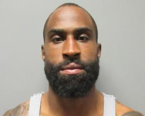 Ex-NFL player violates restraining order, threatens woman