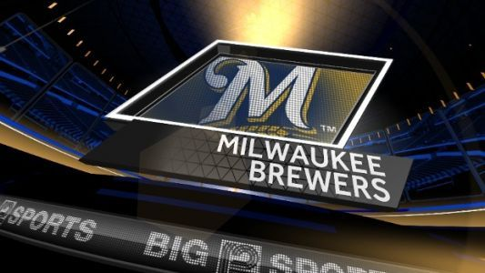 Travis Shaw's two-run homer gives Brewers win over Cubs
