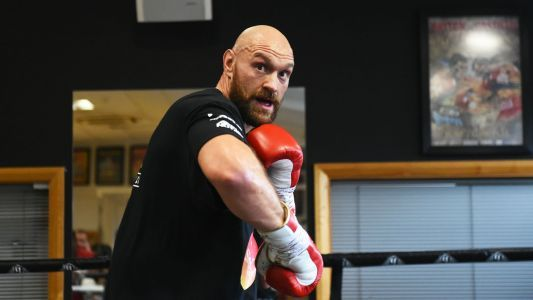 Tyson Fury announces co-promotional deal with Top Rank/ESPN, Billy Joe Saunders moving up to super middleweight