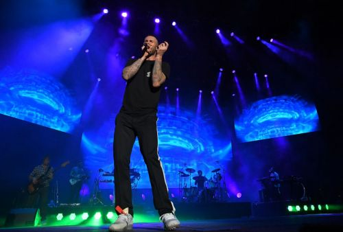 Report: Maroon Five to headline next year's Super Bowl halftime show