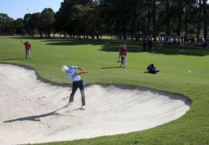Spieth makes little headway at the Australian Open