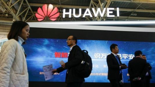 Huawei's U.S. losses could lead to gains in China, at Apple's expense