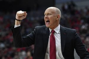 Ohio St jumps to No. 3 behind Louisville, Kansas in Top 25