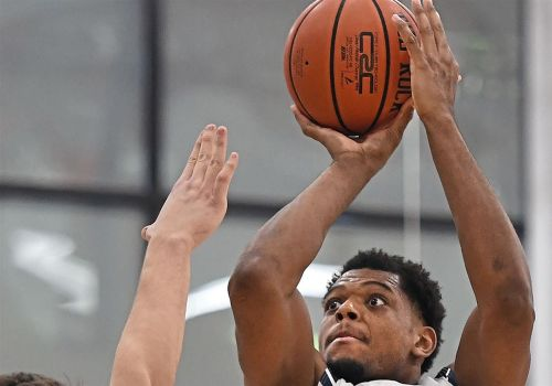 Josh Williams heats up from 3, helps RMU overcome St. Francis Brooklyn