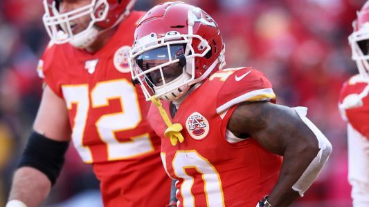 Was pass interference late in Chiefs' win over Titans in AFC championship game the correct call? The internet debates