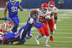 Chiefs, Edwards-Helaire run away with 26-17 win over Bills