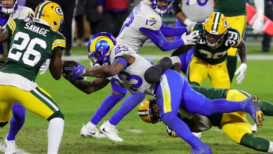 Did Rams copy Dolphins' hook-and-lateral play for 2-point conversion against Packers?