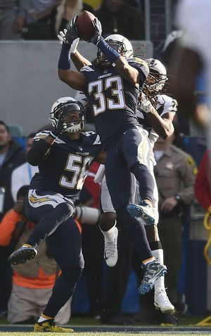 Chargers rout Raiders 30-10, miss playoffs; Del Rio fired