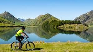 Tourist boom causing trouble in New Zealand natural environment