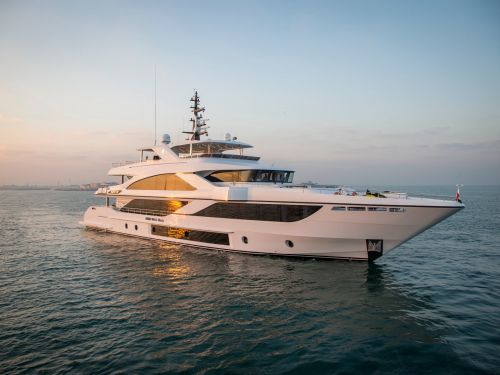 A $20 million 3-deck superyacht made in Dubai won best in show at the world's biggest in-water boat event. Here's a look inside