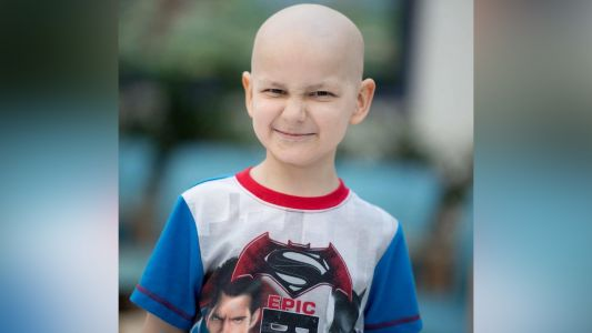 9-year-old whose last wish was Christmas cards loses battle with cancer