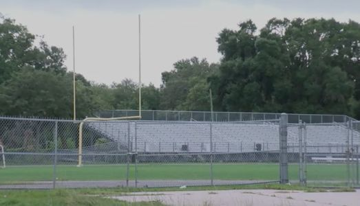14-year-old collapses, dies during football practice at Florida high school