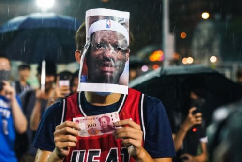How LeBron James Reignited the NBA-China Conflict Just Days Before Tipoff