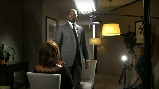 On CBS, An Indicted R. Kelly Literally Screams His Innocence