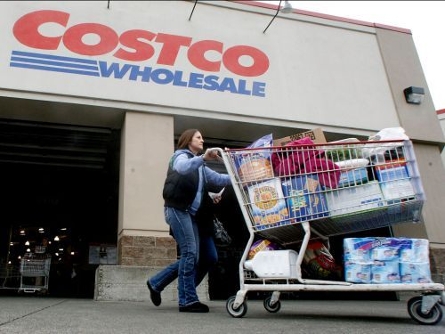 50 foods that Costco employees and members love