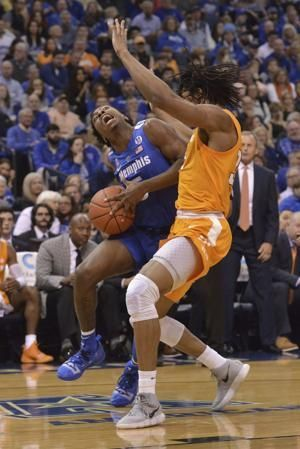 Schofield scores 29, No. 3 Tennessee beats Memphis 102-92