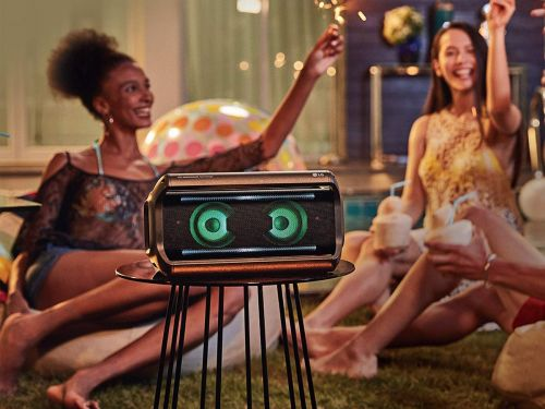 This portable speaker from LG is a bit bulky, but with its size comes powerful sound - here's why it's a great speaker for parties and get-togethers