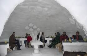 India's first igloo café in Gulmarg attracts tourists