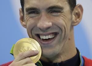 Phelps honored for honesty on mental health, helping others