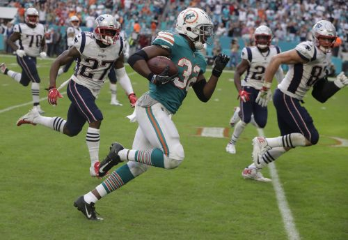 Dolphins pull off miracle in Miami, stun Patriots on final play