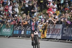 Courtney wins 1st mountain bike world title for US since '01