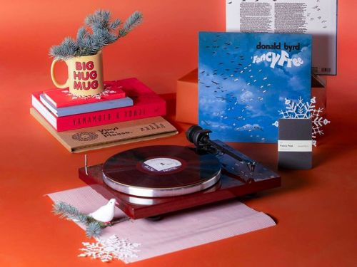 17 cool last-minute gifts for the music lover in your life