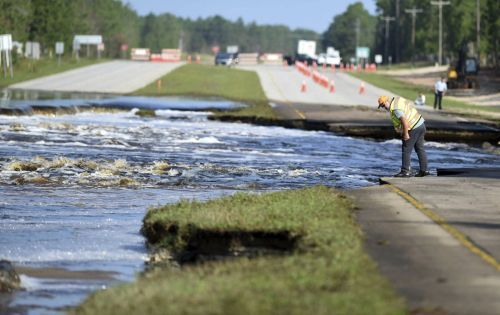 As Hurricane Florence's floodwaters recede, some North Carolina rivers could rise another foot, and the full moon isn't helping