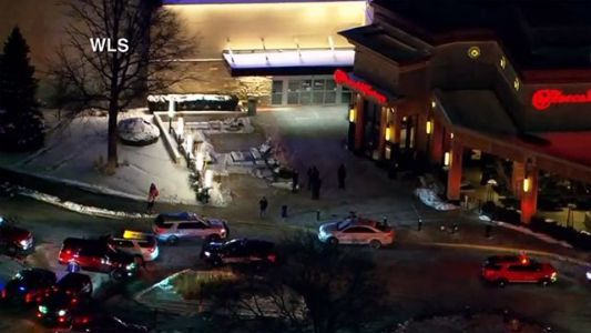 Police respond to reported shooting at suburban Chicago mall