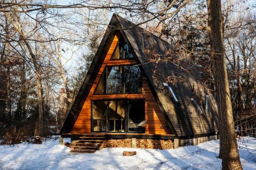 Lokal Hotel's Newest Location Is a Mid-Century Cabin in the Middle of the Woods